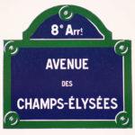 Das Straßenschild der Avenue des Champs-Élysées