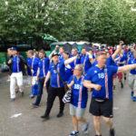 Jubelnde isländische Fans nach dem Euro-2016-Spiel Österreich – Island