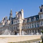Das im Stil der Neorenaissance errichtete Rathaus (Hôtel de Ville)