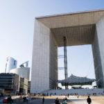 Der Grand Arche im Hochhausviertel La Défense