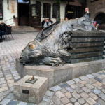 Hasenskulptur des Künstlers Jürgen Goertz