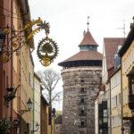 Die Nürnberger Stadtmauer (Neutorturm) in der Altstadt