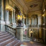 Prachtvoller Stiegenaufgang im Königlichen Schloss