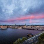 Stockholm im Sonnenuntergang, gesehen vom Aussichtspunkt Monteliusvägen
