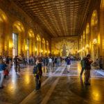 Der Goldene Saal im Stockholmer Rathaus, hier von Gruppen überlaufen