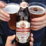 Auf dem Schiff gibt es genügend Zeit, das schwedische Bier Mariestads zu probieren