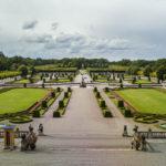 Blick vom Schloss Drottningholm auf den Schlossgarten
