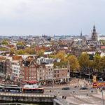 Ausblick auf Amsterdam von der Dachterrasse im Hotel DoubleTree by Hilton Amsterdam Centraal Station