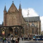 Die Nieuwe Kerk (Neue Kirche), in der heute viele Ausstellungen zu bewundern sind