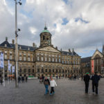 Der Königliche Palast (Paleis op de Dam / Koninklijk Paleis) steht auf dem zentralen Platz Dam