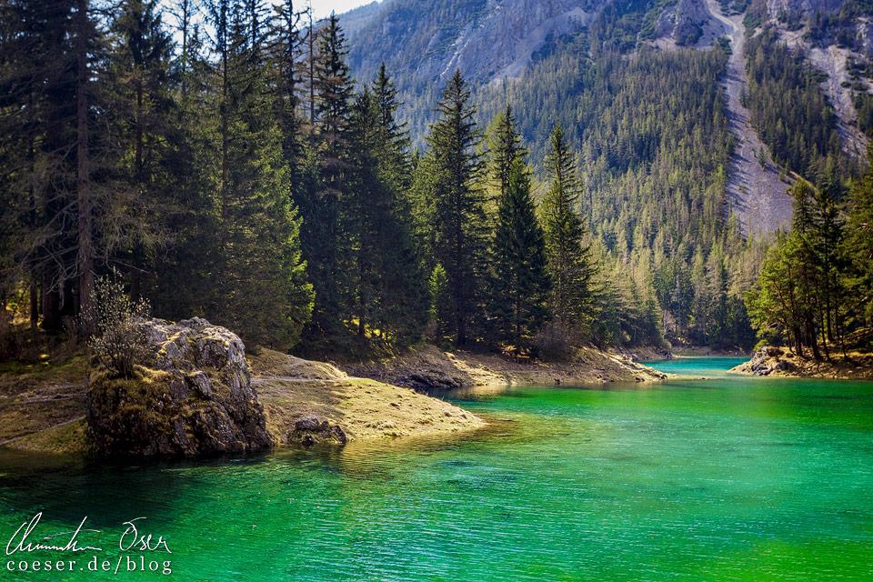Smaragdgrünes Wasser im Grünen See in Tragöß