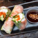 Vietnamesische Frühlingsrollen in den Foodhallen Amsterdam