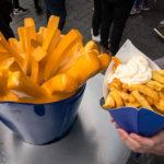 Pommes Frites von Manneken Pis in Amsterdam