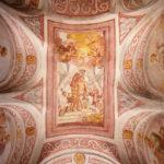 Deckenfresken in der gotischen Kapelle aus dem 16. Jahrhundert im oberen Hof der Bleder Burg