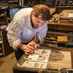 In der Burgdruckerei wird altes Können vorgezeigt