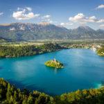 Blick auf den Bleder See vom Aussichtspunkt Mala Osojnica
