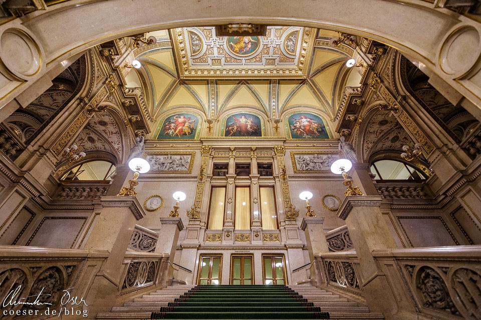Feststiege in der Wiener Staatsoper