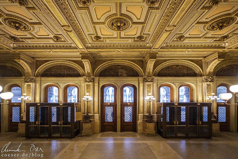 Foyer der Wiener Staatsoper