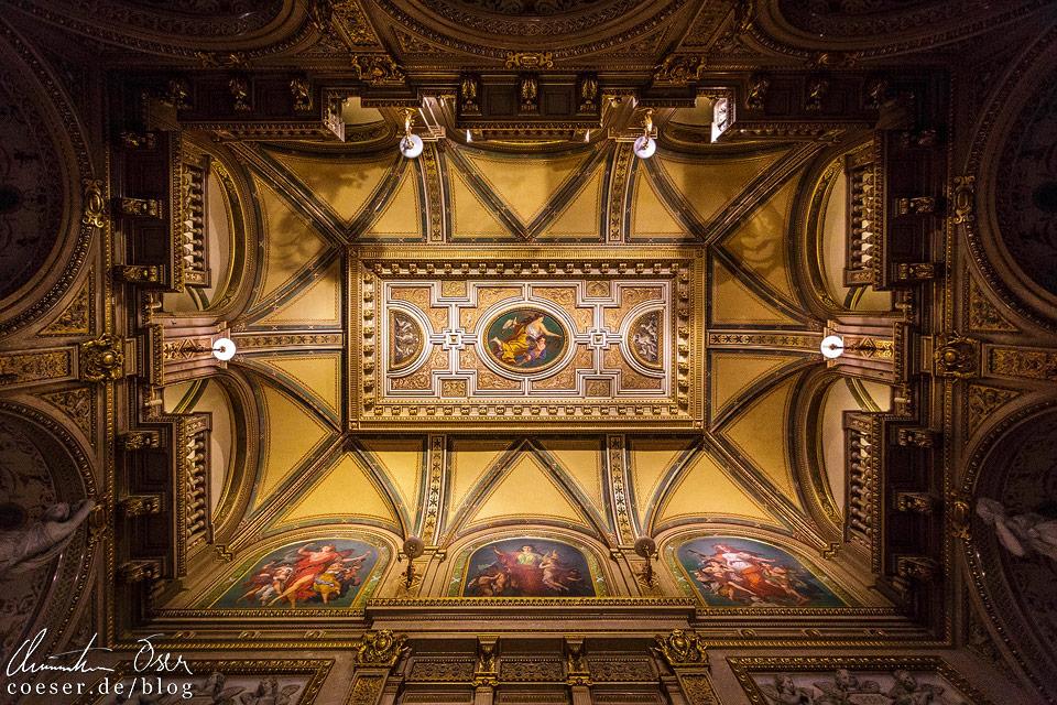 Decke der Feststiege in der Wiener Staatsoper