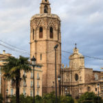 Glockenturm El Micalet neben der Kathedrale von Valencia