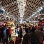 Innenansicht der Markthalle Mercado Central