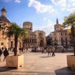 Nachmittagsstimmung auf dem Plaza de la Virgen