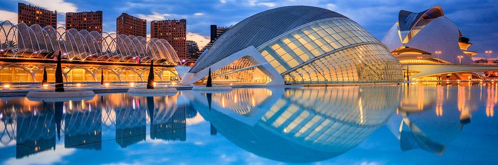 Ciutat de les Arts i les Ciències (Stadt der Künste und der Wissenschaften) in Valencia