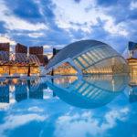 Die Stadt der Künste und Wissenschaften vor Sonnenuntergang