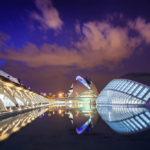 Die Stadt der Künste und Wissenschaften nach Sonnenuntergang
