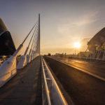 Die Brücke Pont de l'Assut de l'Or in der Stadt der Künste und Wissenschaften