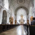 Innenansicht der Jesuitenkirche St. Michael