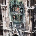 Das Glockenspiel am Neuen Rathaus auf dem Marienplatz
