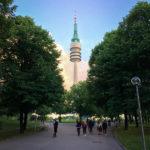 Der Olympiaturm im Olympiapark München