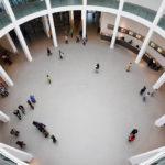 Innenansicht der Pinakothek der Moderne