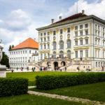 Schloss Nymphenburg vom Schlosspark aus gesehen