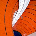 Moderne Architektur in der U-Bahn-Station Marienplatz in München