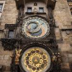 Das Altstädter Rathaus mit der astronomischen Aposteluhr
