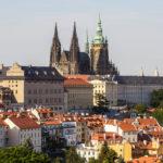 Blick vom Petřín auf die Prager Burg