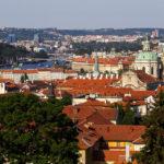 Blick vom Petřín-Aussichtsturm auf die Prager Kleinseite