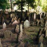 Gräber auf dem Alten jüdischen Friedhof