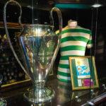 Trophäe des Europapokal der Landesmeister, den Celtic Glasgow 1967 in Lissabon gewinnen konnte (Stichwort Lisbon Lions)