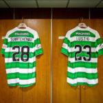 Trikots in der Umkleidekabine im Celtic Park (Celtic Glasgow)