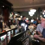 Innenansicht im Pub The Lauders in Glasgow