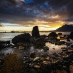 Sonnenuntergang in Elgol mit Blick auf das Bergmassiv Black Cuillin