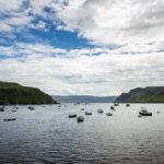 Kleine Boote im Hafen von Portree