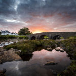 Sonnenuntergang hinter der Sligachan Old Bridge