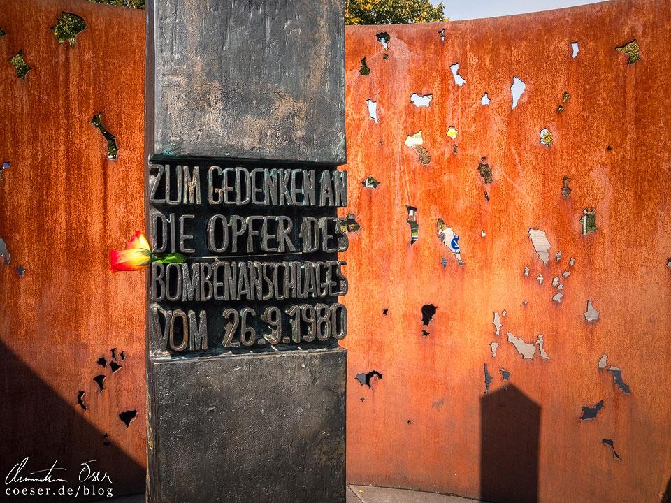 Denkmal zum Bombenanschlag von 1980 beim Münchner Oktoberfest