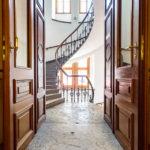 Zugang zur Wendeltreppe im Börsegebäude in Wien