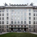 Außenansicht der Österreichischen Postsparkasse in Wien