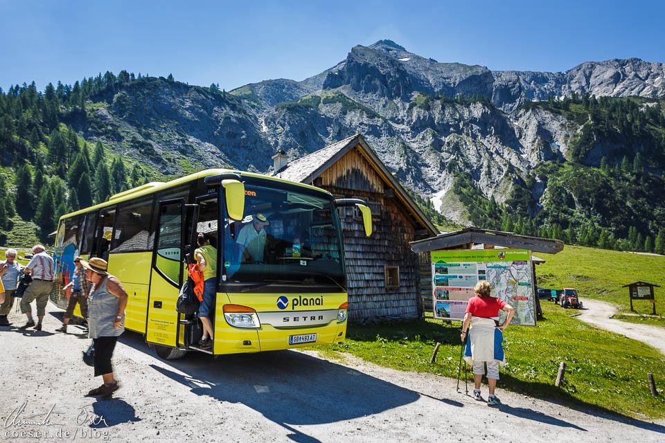 Wanderbus bei der Ursprungalm